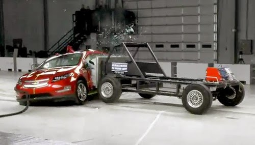 Chevy Volt Crash Test, side 1