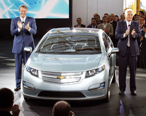 GM Unveils Chevy Volt, with Bob Lutz and Wagoner