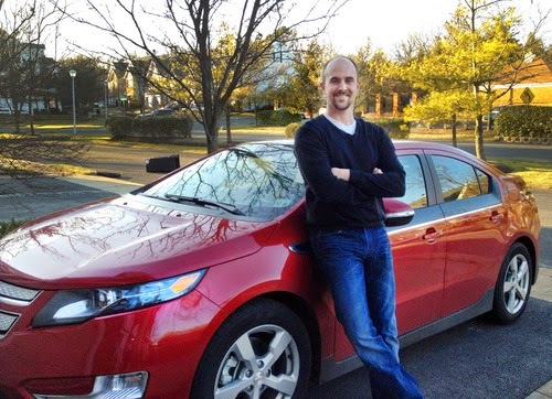 Iraq War Vet, Bob Tanner, buys Chevy Volt