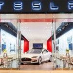 Tesla Motors runs huge loss to build up car & battery production capacity