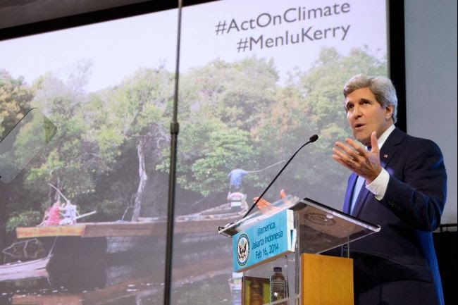 kerry-climate-change-talk-indonesia