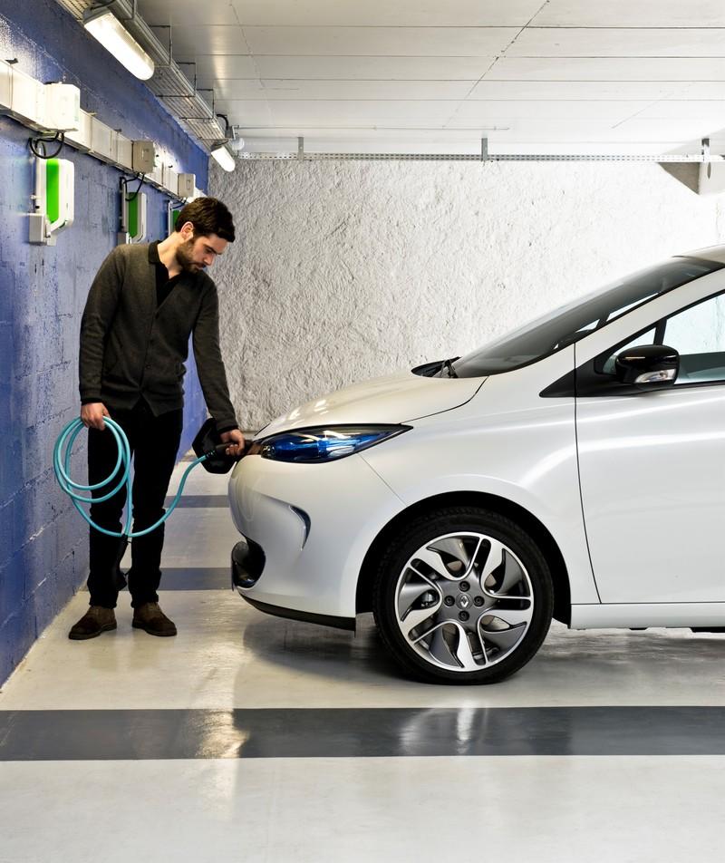 Renault ZOE charging in parking garage