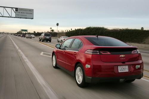 2013-Chevrolet-Volt-007-web