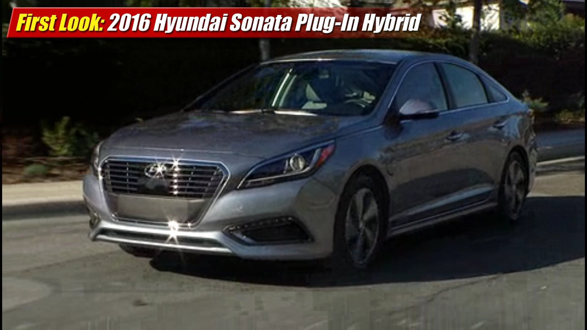 first look 2016 hyundai sonata plug in hybrid the long tail pipe. Black Bedroom Furniture Sets. Home Design Ideas