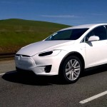 Tesla Model X driving on I-280 near Palo Alto, caught on video by passerby