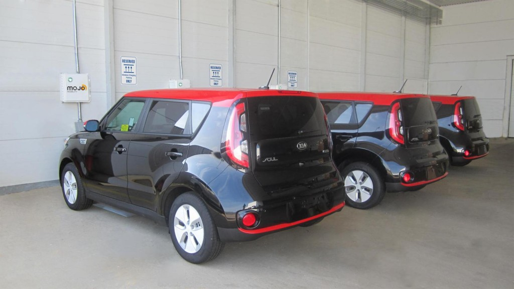 Kia Soul Ev Can Do 100 Kw Chademo The Desired Charge Rate For 200 Mile Range S
