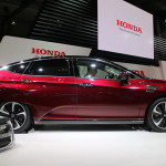 Honda shows next years Clarity Fuel Cell car, with power export via CHAdeMO port