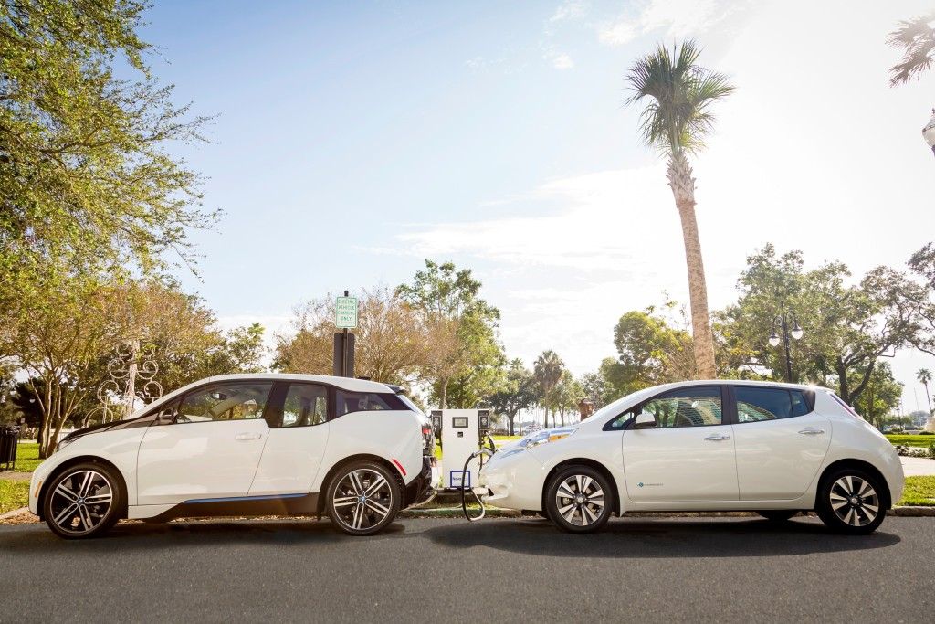NASHVILLE, Tenn., and WOODCLIFF LAKE, N.J. (Dec. 21, 2015) – Nissan and BMW are joining forces to offer public fast charging at 120 locations across 19 states in an effort to support Nissan LEAF and BMW i3 customers and to promote increased adoption of electric vehicles (EVs) nationwide.  With this partnership between two of the top EV manufacturers, Nissan and BMW address the growing demand for additional public fast-charging options in markets spanning the country, giving drivers the ability to easily extend the length of their electric travels. The breadth of Nissan and BMW's fast-charger buildout is expansive, with fast chargers now available in California, Connecticut, Florida, Georgia, Illinois, Indiana, Maryland, Minnesota, Missouri, New Mexico, Nevada, New York, North and South Carolina, Ohio, Pennsylvania, Tennessee, Virginia and Wisconsin.