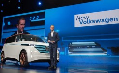 CES 2016: Volkswagen Keynote – BUDD-e unveiling