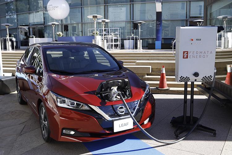 Nissan Delays 60 Kilowatt Hour Leaf But Moves Forward With Ev Energy Ecosystem Plans