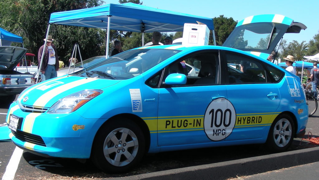 Toyota Plug-in Prius, owned by PG&E, converted with an EnergyCS kit, being shown at EAA Silicon Valley EV Rally in August 2007